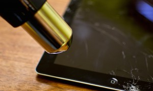 Heat-up-iPad-digitizer-frame