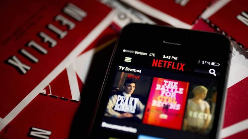 Netflix permite descargar series y películas