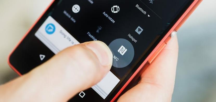 Opción NFC en un celular Android